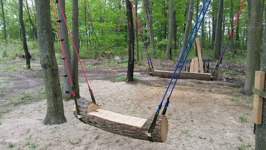Lucky Lake Campground: We have swings for all ages.