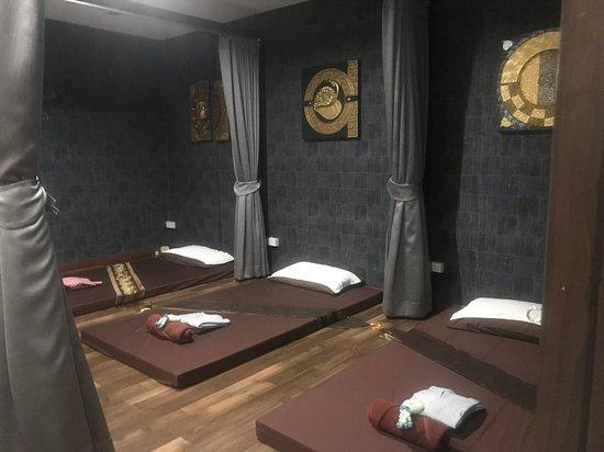 O2 massage & nail