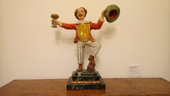 Clock Museum (Uhrenmuseum) : Austrian version of UK Mr Punch as a clock