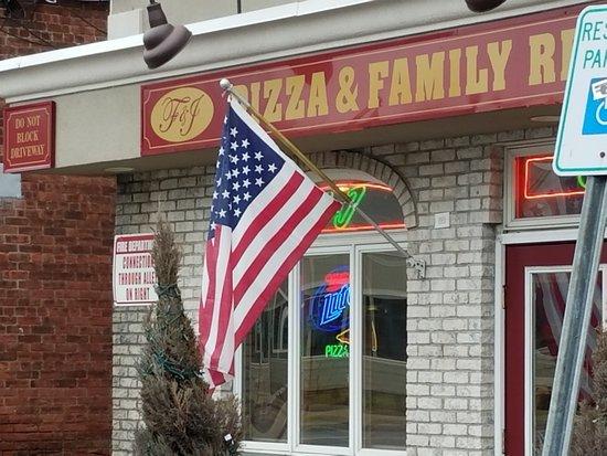 Washingtonville, Estado de Nueva York: Good, solid slice...