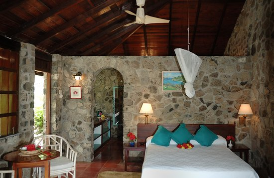 ‪‪Belmont‬, ‪Bequia‬: Garden Queen bedded room‬