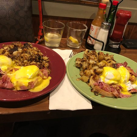 Top of Tacoma Bar and Cafe - Restaurant Reviews, Phone ...