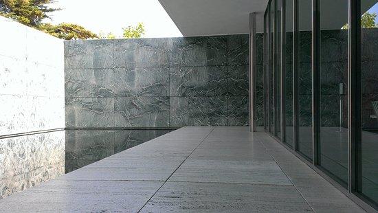 Pabellon Mies Van Der Rohe Bild Von Barcelona Pavilion Barcelona
