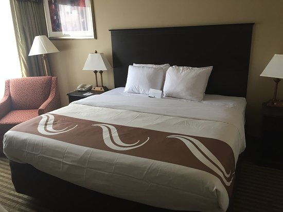 Indiana, PA: King Suite Bedroom with King Bed - Updated bedding