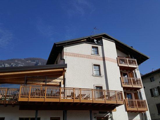 Hotel Locanda le Tre Oche: The back of Locanda Tre Oche