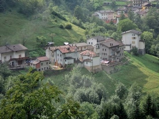 Longarone, Itália: Vista dell'abitato