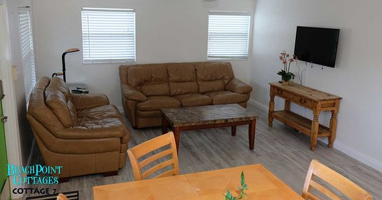 Beachpoint Cottages: Plenty of space for your family in Cottage 7 overlooking the side gardens.