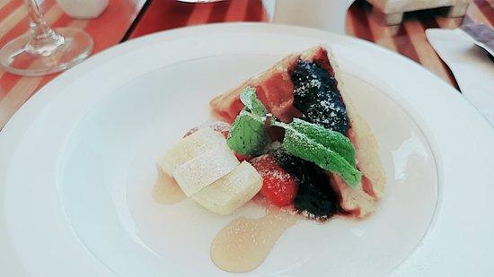 Boneka Restaurant at The St. Regis Bali Resort: line_1520297109770_large.jpg