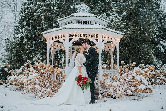 York Harbor, ME: Winter Wedding Destination