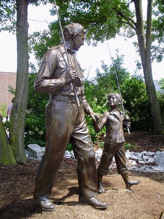 The Andy Griffith Museum: Andy and Opie's walk to the fishing hole is captured in bronze near the museum.