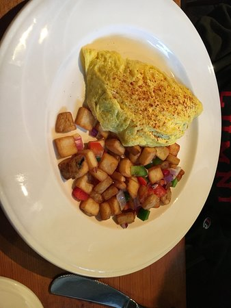 The Red Fox Inn & Tavern - Inn: Omelette (better bet!) with hash browns