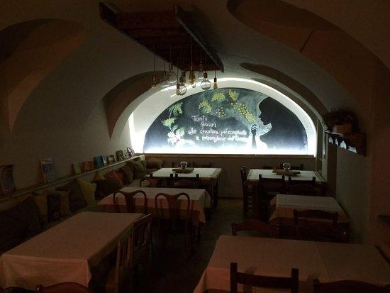 Chiaverano, Italien: Sala interna