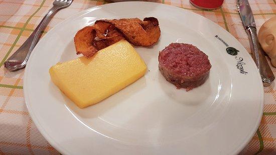 Villastrada, إيطاليا: Zucca, polenta e cotechino