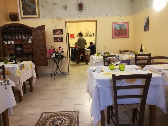 Montorgiali, Italie : IMG_20180311_151712_large.jpg