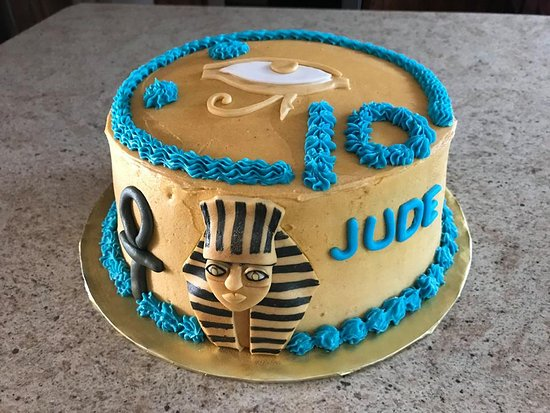 Groovy Themed Egyptian Birthday Cake Since That Is The Escape Room We Funny Birthday Cards Online Necthendildamsfinfo