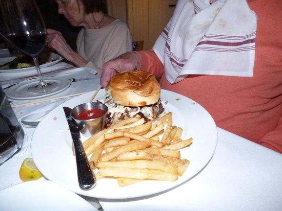 Basking Ridge, Νιού Τζέρσεϊ: uncle had the hambuger