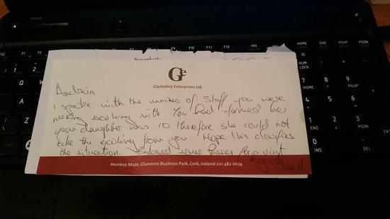 Glanmire, Irlanda: Letter from Monkey Maze