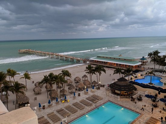 Newport Beachside Hotel and Resort: MVIMG_20180304_183549_large.jpg