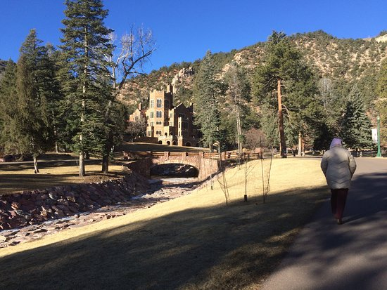 Glen Eyrie Castle & Conference Center: View of the main castle from road, walking from Pink House to castle