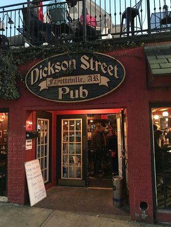 Dickson Street Pub