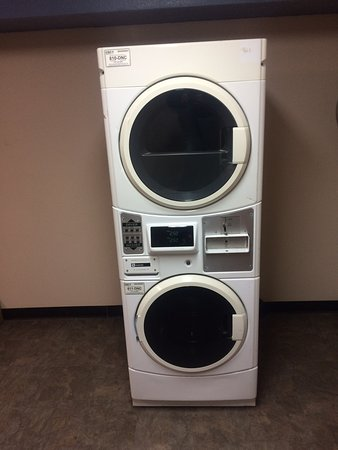 Fort Madison, IA: coin operated guest laundry service at hotel