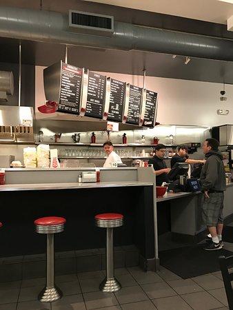 San Mateo, Kalifornien: Inside the eatery