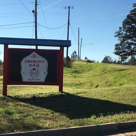 Greenville, AL: Fireman's BBQ