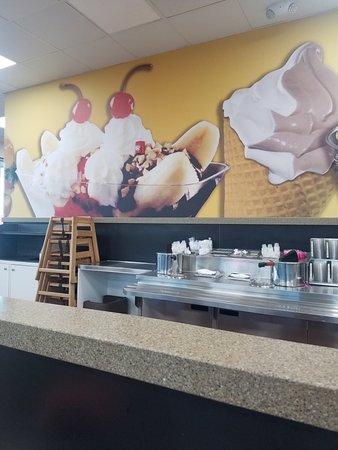 Sallisaw, OK: Braums Ice Cream & Dairy