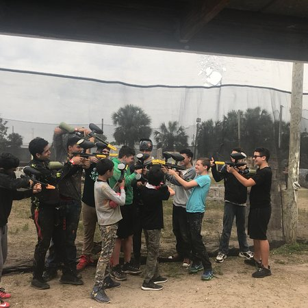 ‪Action Paintball‬