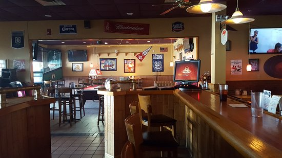 Tolland, CT: Bar Area
