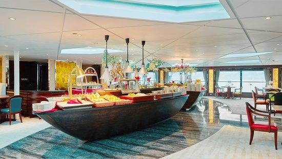 Century Cruises: VIP Dining Room
