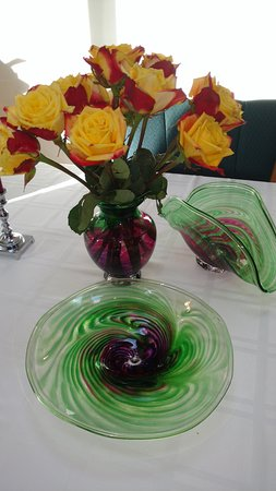 Tacoma Glassblowing Studio: Vase is perfect size...clamshell is great for napkins, mail or tea lights, and platter used a lo