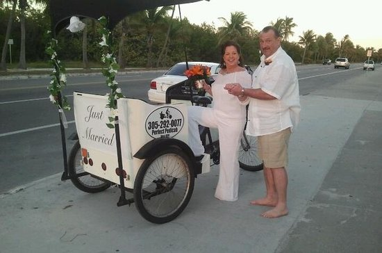 Wedding Pedicab Transport