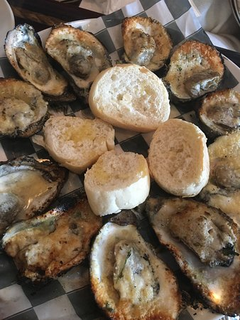 Trapani's Eatery: Oysters