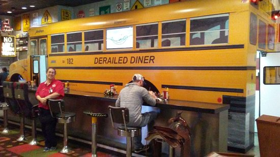 Robertsdale, AL: I drive a schoolbus. It was a treat to dine indoors with one.