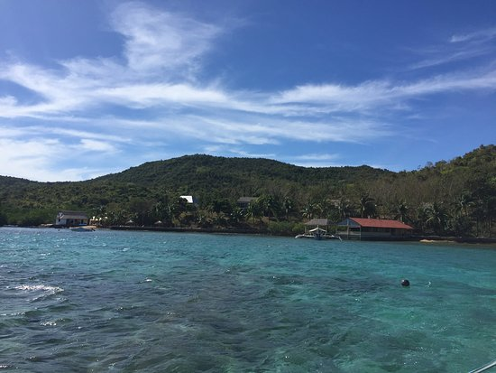 Chindonan Island, Philippinen: global resort view from the sea