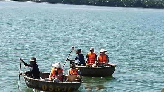 Hoi An Coco River Resort & Spa: IMG_20180306_094936_large.jpg