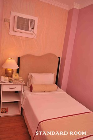 Queen Margarette Hotel: standard room with 1 single bed