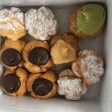 Liliha Bakery: photo0.jpg