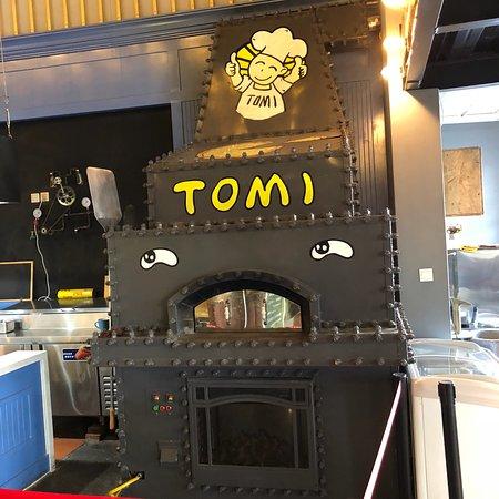Tomi Restaurant