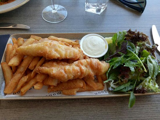 Caversham, Australia: Mandoon Estate Fish and Chips~01_large.jpg