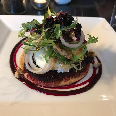 Killyleagh, UK: Excellent Goat's Cheese tartlet