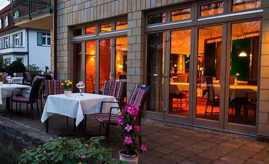 Weinert's Genuss & Gastlichkeit: Weingarten/ Terrasse