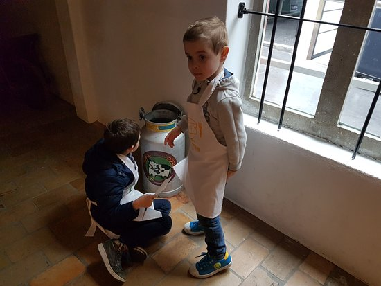 Passendale, Belgium: Kinderzoektocht doorheen het museum