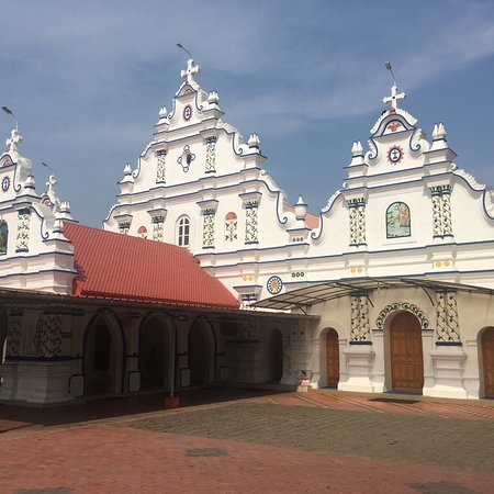 Эрнакулам, Индия: St. George Jacobite Syrian Church son the way to Kottayam dating back to 4th Century BC