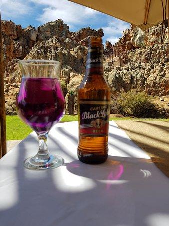Kagga Kamma Private Game Reserve, Afrika Selatan: Patio off the bar