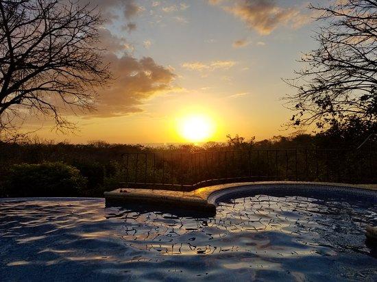 Hotel Luna Azul: 20180226_174306_large.jpg
