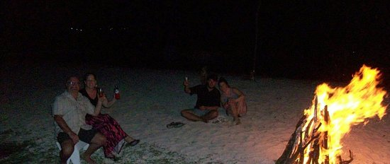 Savanna La Mar, Jamaica: Richies on the Beach