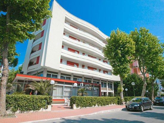 Hotel caravelle cesenatico italie voir les tarifs 14 for Site pour les hotels