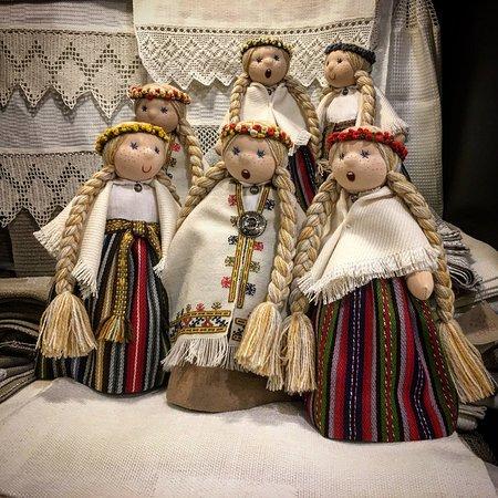 Región de Riga, Letonia: Singing dolls LIGAS